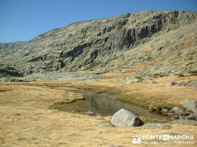 Laguna Grande de Gredos - Sierra de Gredos; sierra de irati; ruta de senderismo